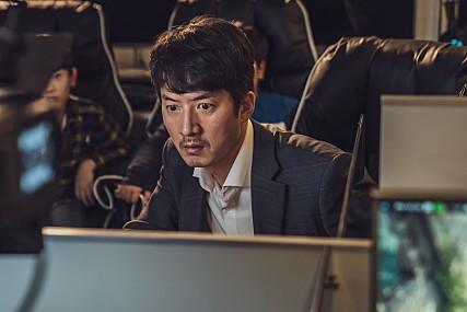 설 연휴 한국 영화 삼파전…코미디 vs 정치 드라마