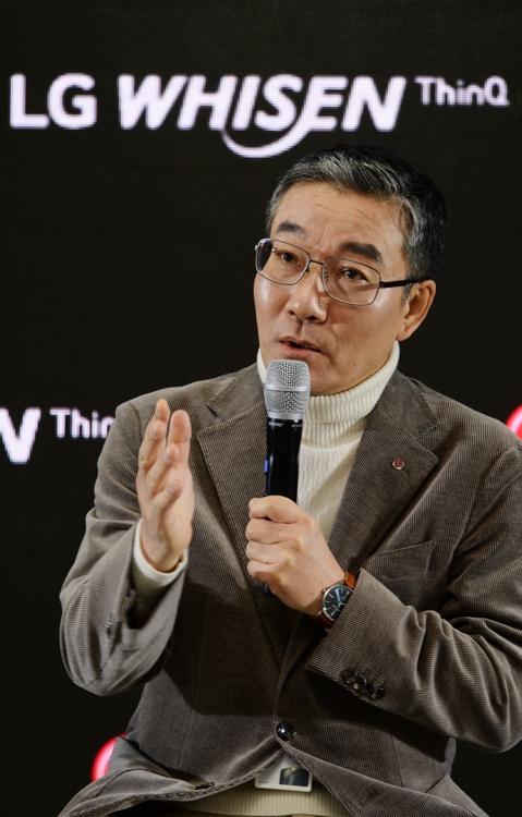 "LG, '자동 청정' 강화한 에어컨 출시…""바람길 4단계 관리""(종합)"