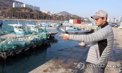 바다 빠진 트럭 보고 뛰어들어 인명구조한 김진운씨 'LG의인상'