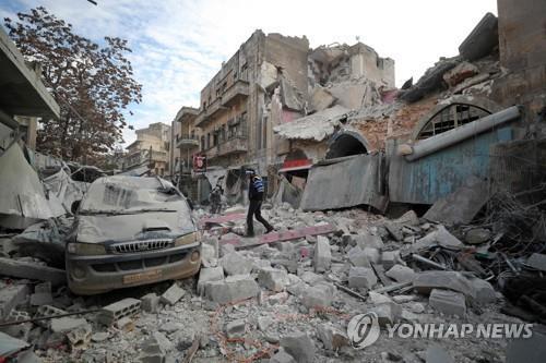 휴전 물 건너갔나…시리아 북서부 무력충돌로 39명 사망