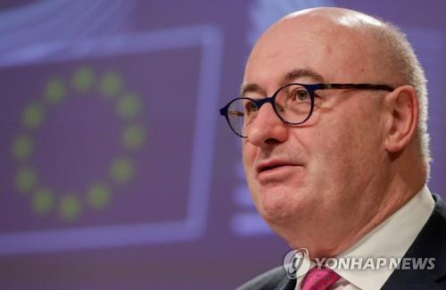 """EU 무역수장 """"미·중 무역합의, WTO 규정 준수 여부 살펴봐야"""""""