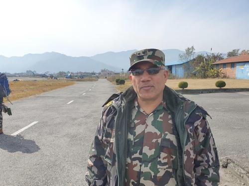"""네팔 군사령관 """"실종자 끝까지 찾을 것…상황은 어려워"""""""