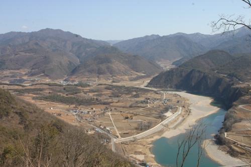"""북벽에서 다리안산까지…""""제2단양팔경으로 주말여행 오세요"""""""