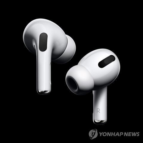 """""""작년 무선이어폰 시장 애플이 54%로 1위…매출 70% 이상 점유"""""""