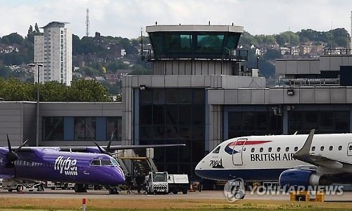英 정부 플라이비 항공사 구제계획에 영국항공 등 반발