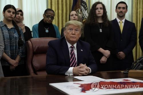 """미 상원 탄핵심판 개시, 21일부터 본격 심리…트럼프 """"사기"""""""
