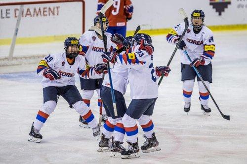 18세 이하 여자 아이스하키, 중국에 2-4 패배…4위로 마감