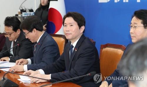 """이인영 """"한국당 위성정당 파괴력 있을 것…민주 1당 흔들릴수도""""(종합)"""
