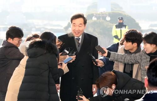 """이낙연, 민주당 복귀 첫날…""""당이 어떤 책임줄지 관심 크다"""""""