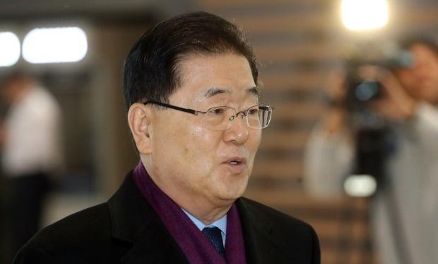 정의용 국가안보실장, 트럼프와 깜짝 면담 /사진=연합뉴스