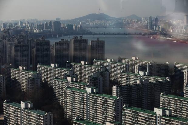 """5대 은행 '전세대출' 규모…""""작년 80조원 훌쩍 넘었다"""""""