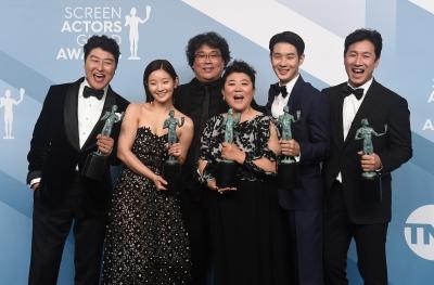 '도장 깨기' 영화 기생충…헐리우드 '폭소'