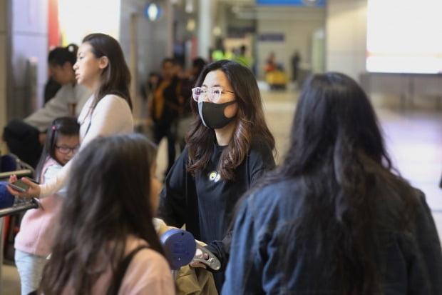 중국 정부가 지난 21일 '우한 폐렴'을 차상급 전염병인 '을류' 전염병으로 지정하는 등 신종 코로나바이러스와의 전쟁을 선포했다./사진=EPA