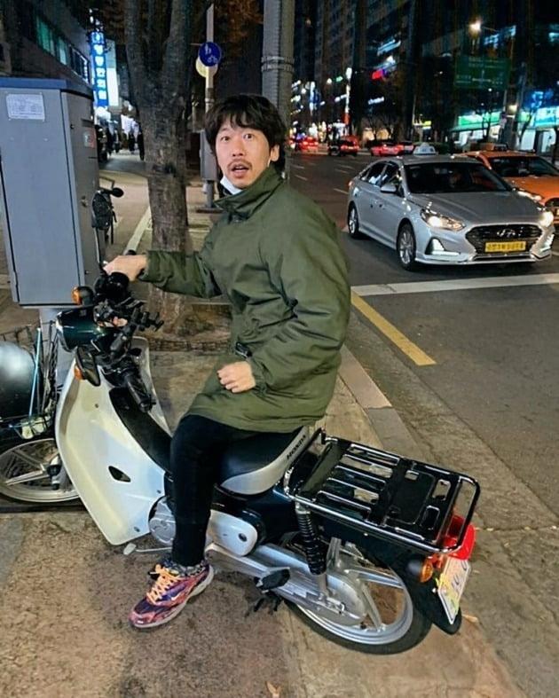 배우 윤병희 /사진=조병규 SNS