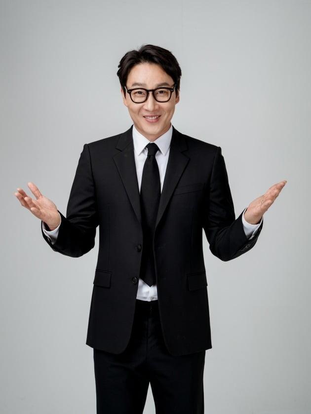 방송인 이휘재/ 사진제공=큐브엔터테인먼트