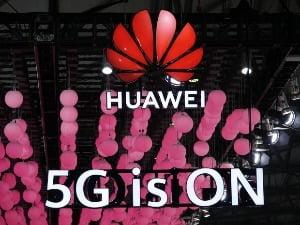 지난해 중국 상하이에서 열린 'MWC 19 상하이'의 화웨이 전시부스. 화웨이는 최근 MWC 메인 스폰서를 맡아왔다. / 사진=연합뉴스