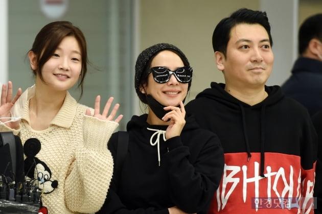 [포토] '기생충' 박소담-조여정-박명훈, '밝은 모습으로 귀국'