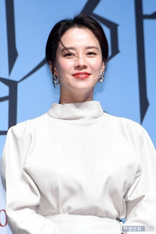 [포토] 송지효, '머리카락으로 가릴 수 없는 미모'