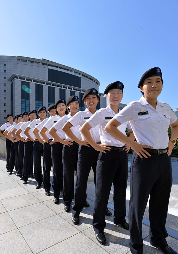선발부터 유지도 까다로운 학군사관(ROTC)의 모든 것