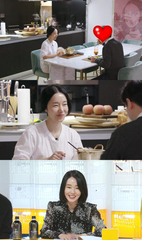 가수 겸 배우 이정현, 이정현의 남편. / KBS2 '신상출시 편스토랑' 방송화면.