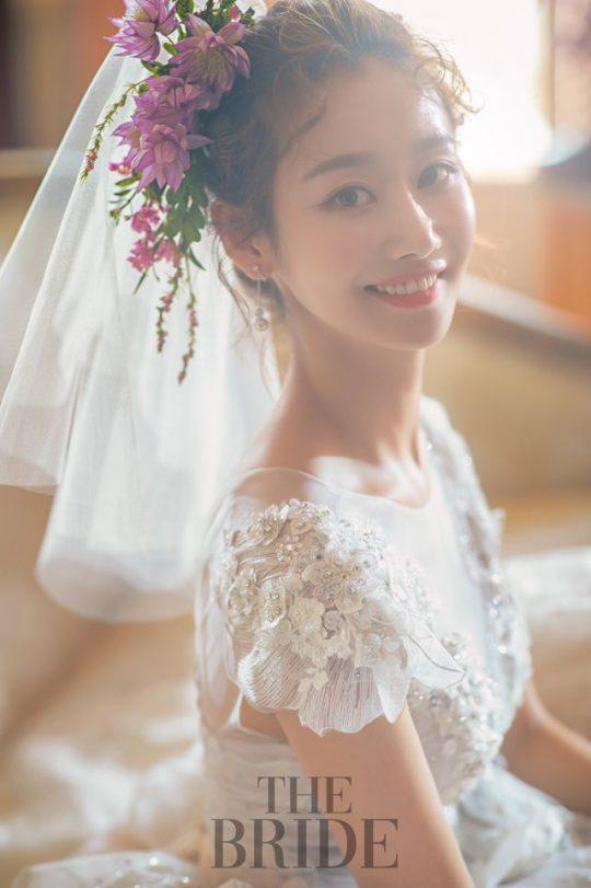 그룹 크레용팝 출신 금미 웨딩 화보. /사진제공=드레스 로자스포사