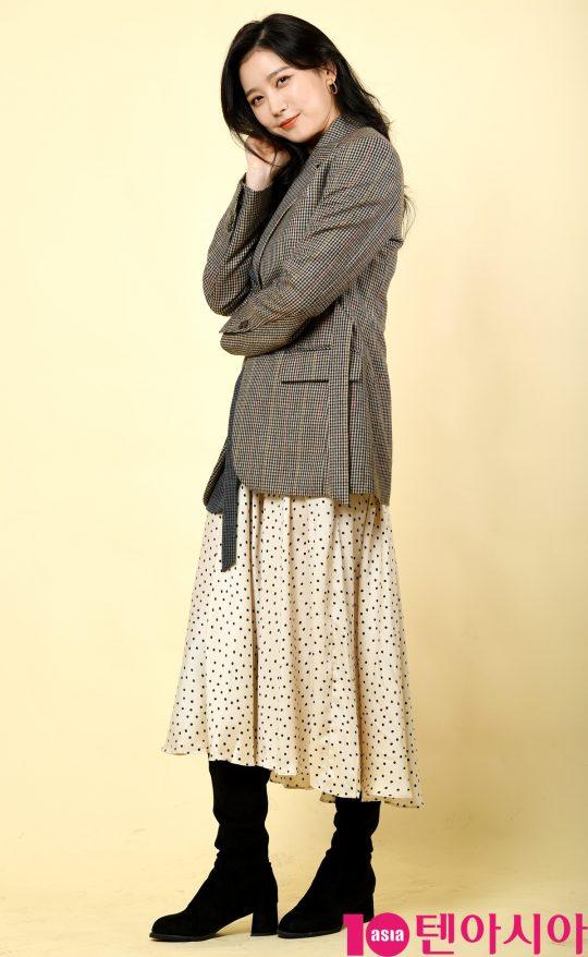 TV조선 '간택'에서 열연한 이화겸이 13일 서울 중구 청파로 한경텐아시아 스튜디오에서 진행된 인터뷰에 참석하고 있다.