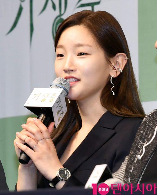 [TEN PHOTO]박소담 '수수한 화장에도 빛나는 미모'