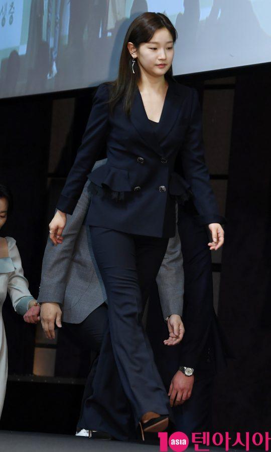 [TEN PHOTO]'기생충' 박소담 '오피스룩도 완벽하게 소화'