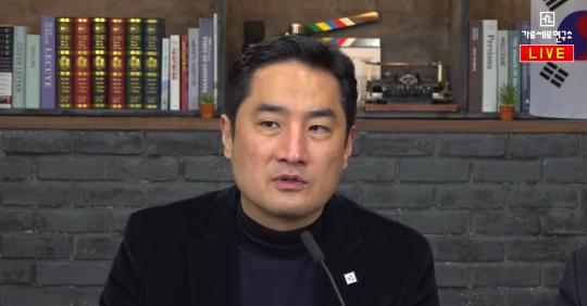 강용석 변호사/ 사진= 유튜브 '가로세로연구소' 방송화면
