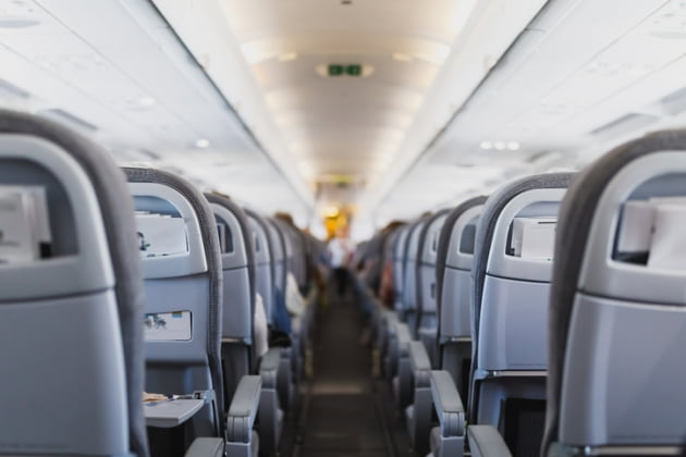 사진=게티이미지뱅크 신종 코로나바이러스 감염증(우한 폐렴) 확산을 방지하기 위해 항공사가 중국 노선 운항을 줄줄이 취소하는 가운데, 항공권 취소 및 예약 변경 수수료 면제 기간을 두고 소비자의 불만이 잇따르고 있다./사진=게티이미지