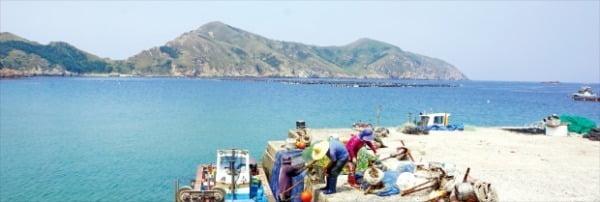 태도 섬주민들은 농토가 부족해 전적으로 바다에 의지해 살아왔다.