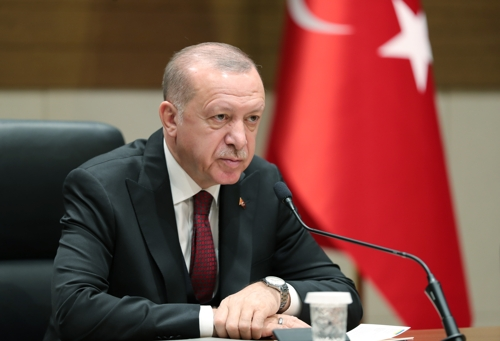 """터키 에르도안 """"시리아군 북서부 진격 허용 않을 것"""""""