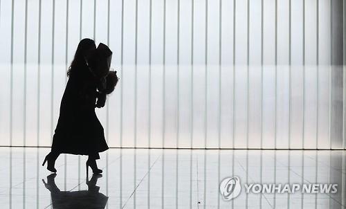신종코로나 여파, 경남 대학가 졸업식 줄줄이 취소·연기