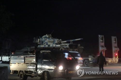 """시리아군 포격으로 터키군 5명 사망…터키 """"보복공격 가해""""(종합)"""