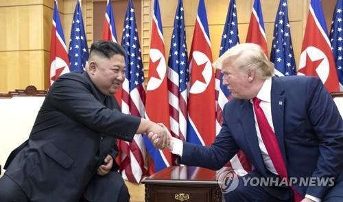 """미 민주 대선주자, 주한미군 철수 """"NO""""…대북제재 해제엔 입장차(종합)"""