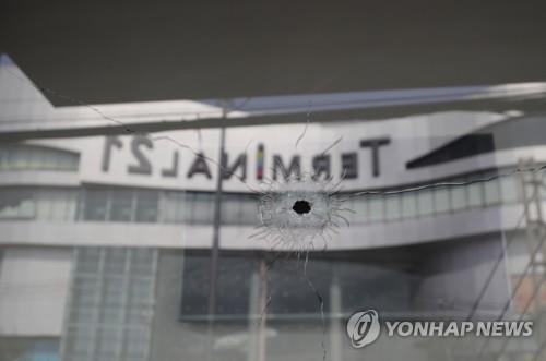태국서 '쇼핑몰 총기 난사 모방' 글 올린 네티즌 2명 체포