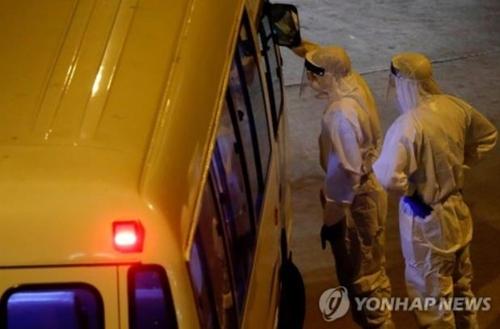 홍콩서 아파트 배기관 통한 감염 가능성…'에어로졸 감염' 촉각(종합)
