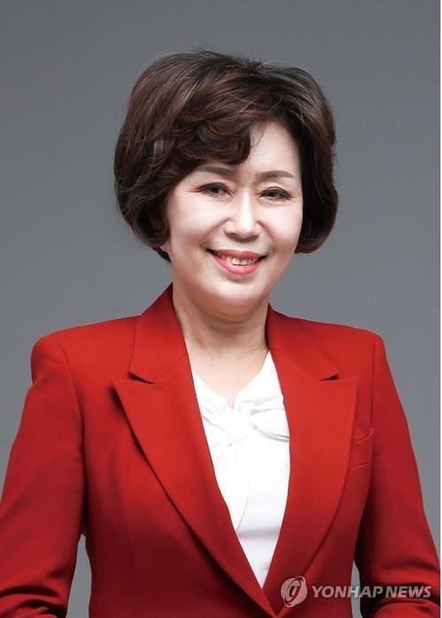 """김양희 KTX세종역 저지 특별위원장 """"이해찬 민주 대표 사퇴하라"""""""