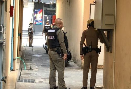 """태국서 또 총기 사건…""""방콕 도심서 50여발 발사, 사상자 없어"""""""