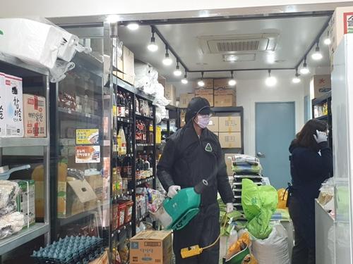 서울 관악구, 21개 전통시장 점포 1천600곳 방역