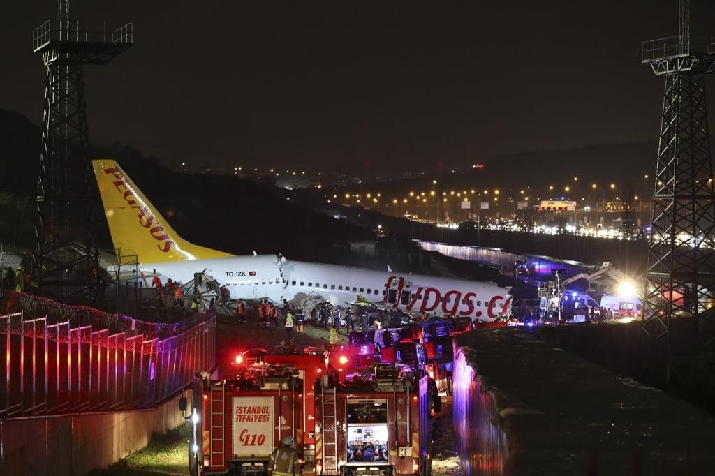세동강 난 터키 항공기 사고 `참혹한 현장`…사망자 3명