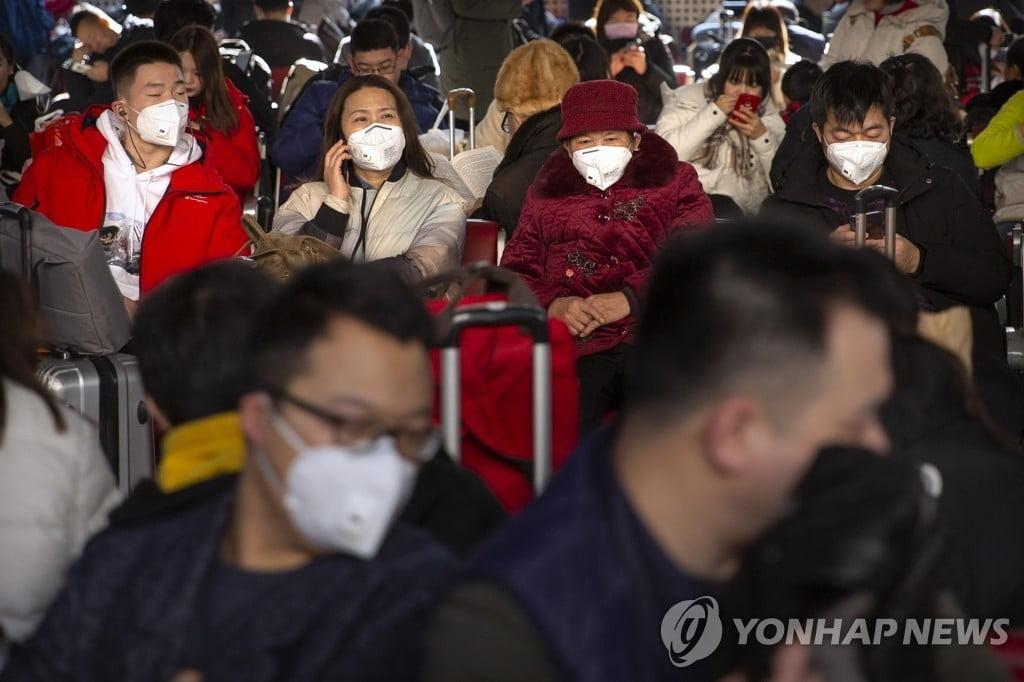 """WHO """"검사키트와 마스크 가격 최대 20배 올랐다"""""""