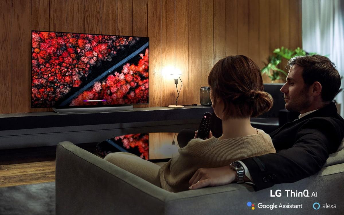 """LG전자 올레드 TV, 올해도 해외서 호평…""""테스트한 TV 중 최고"""""""