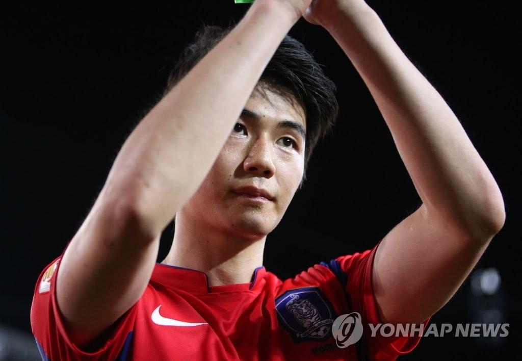 """기성용, K리그 못 돌아온다…""""서울·전북에 협상 종료 통보"""""""