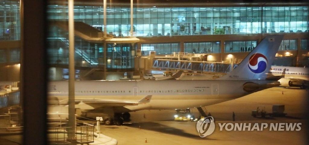 3차 전세기 인천공항 출발…우한 교민·중국인 가족들 등 데리고 내일 귀환