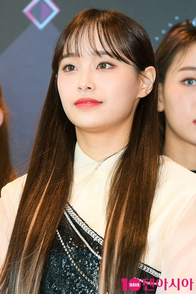 [TEN 포토] 이달의소녀 츄 '청순의 상징 긴 생머리'