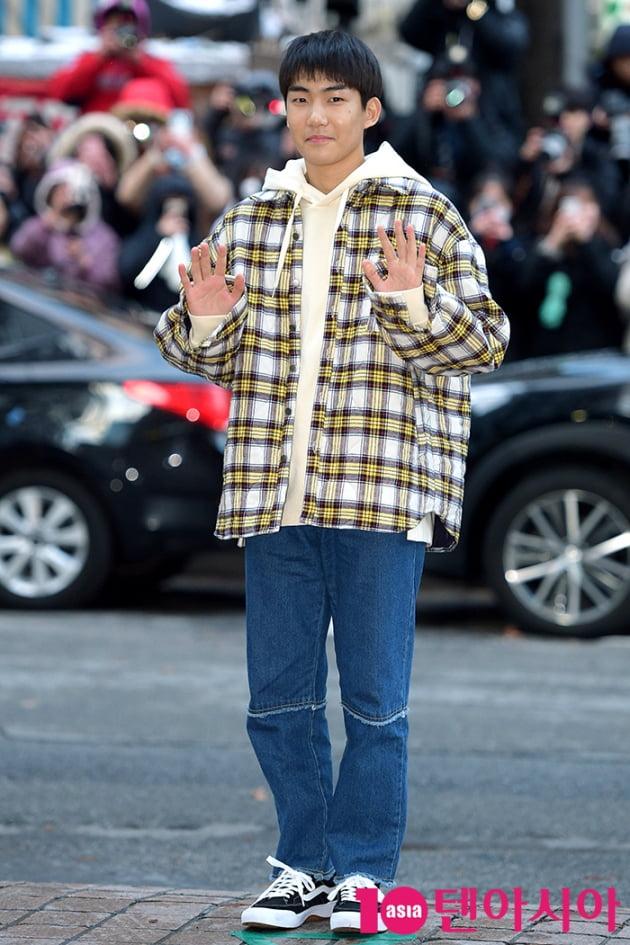 [TEN 포토] tvN 드라마 시청률 1위 '사랑의 불시착' 코로나19 예방 동참···1억원 쾌척