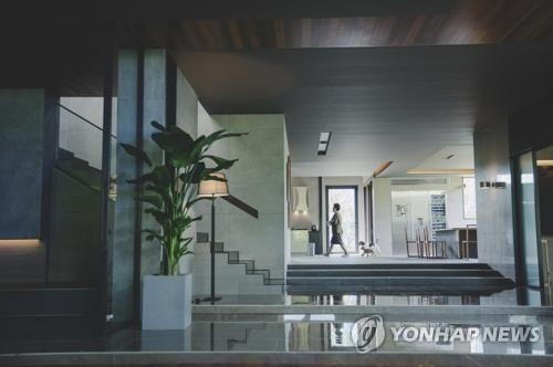영화 도시 부산, 아카데미 4관왕 '기생충' 마케팅 시동
