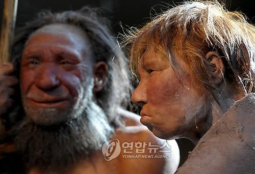화석에서 못찾은 고대인류 흔적, 산 사람한테서 나왔다