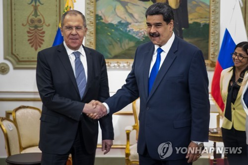 미국의 제재 경고에도…러시아, 베네수엘라 마두로 지원사격